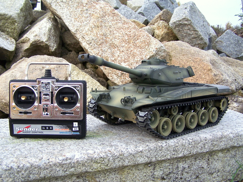 RC tank M41 Walker Bulldog - BB 2.4 GHz - AIRBRUSH