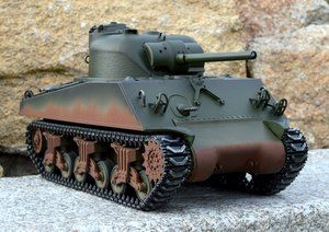 RC tank M4A3 Sherman - Airsoft 2.4 GHz - Metal 90 % - věž 360°